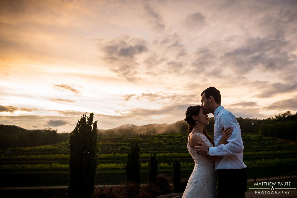 Victoria Valley Vineyards Sunset Wedding Photos