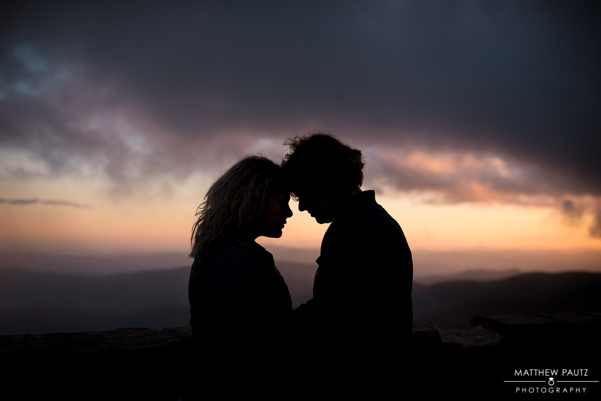 Fall mountain engagement photos at the Blue Ridge Parkway | Devil's Courthouse